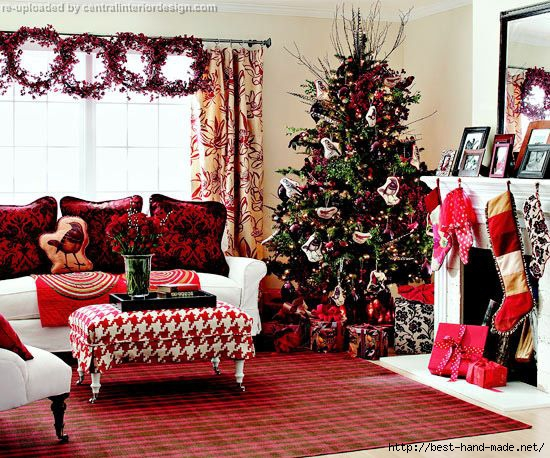Christmas-living-room-design-ideas-with-red-rug (550x458, 236Kb)