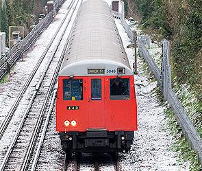В догонку за поездом (295x249, 50Kb)