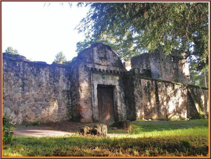3418201_Templo_y_Ex_Convento_del_Desierto_de_los_Leones_Coajimalpa_Ciudad_de_M (700x525, 95Kb)