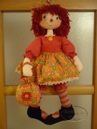 Annie con bolsito (384x512, 65Kb)