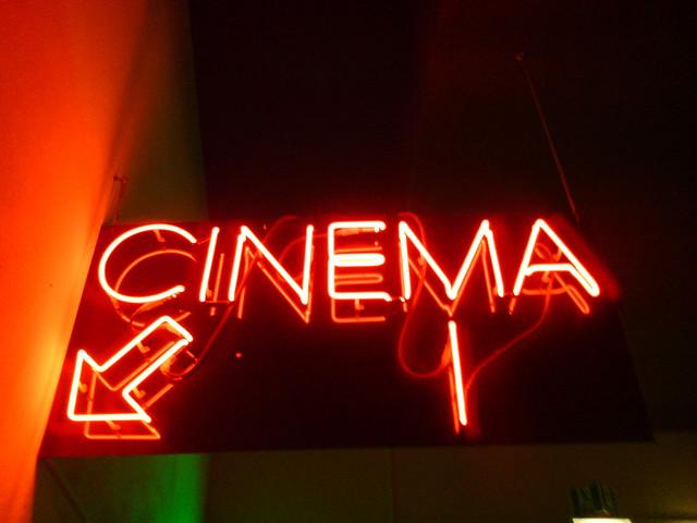 1797301_CinemaLeuchtreklame (640x480, 75Kb)