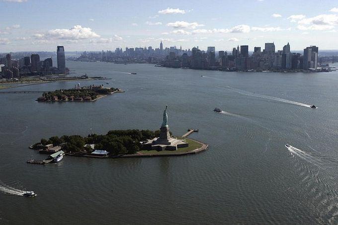 нью-йорк фото с высоты птичьего полета (680x452, 47Kb)