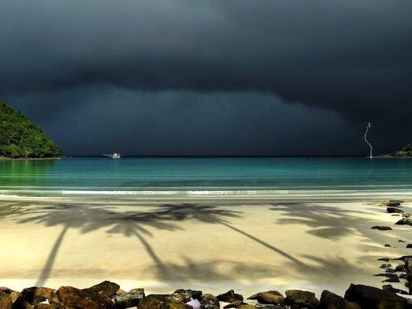 Гроза на острове Куд. Таиланд (600x450, 30Kb)
