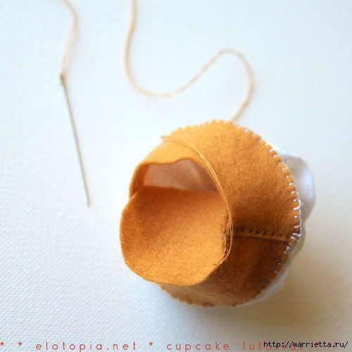 cup-cake-de-feltro-passo-a-passo-9 (500x500, 58Kb)