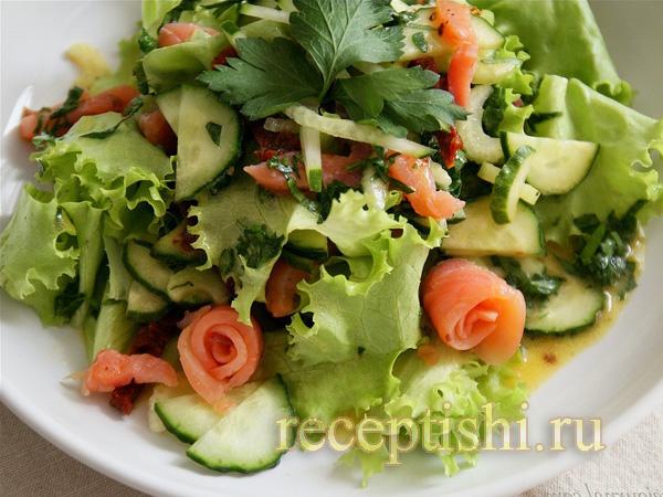 salat-s-sjomgoj-i-dizhonskim-sousom (600x450, 164Kb)