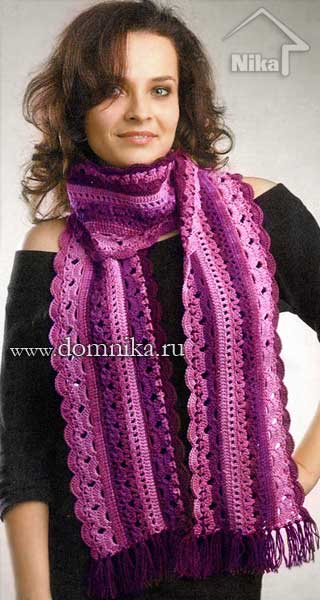 Ажурный шарф крючком в розовых тонах.