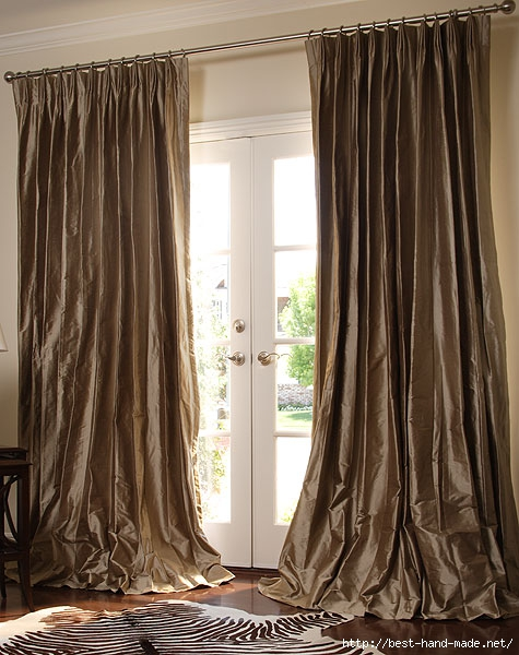 Long-brown-curtains-and-carpet (475x600, 192Kb)