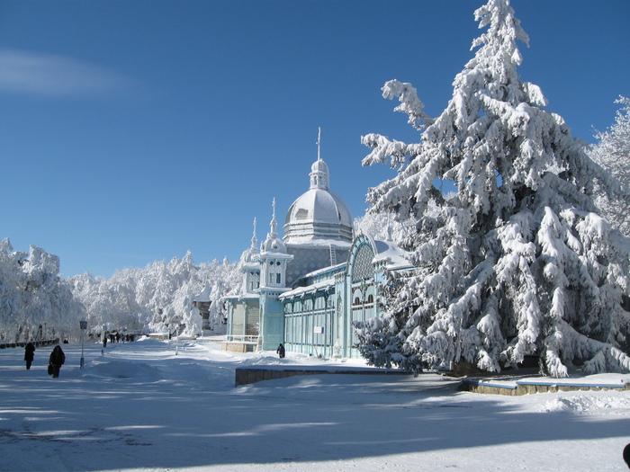 Пушкинская галерея в зимнем Курортном парке Железноводска/1357656822_IMG_0967 (700x525, 176Kb)