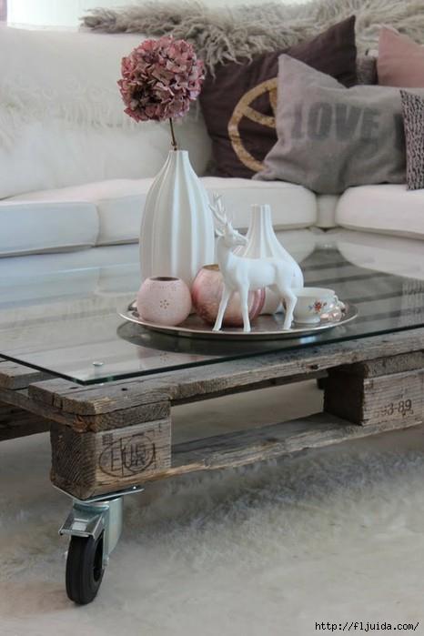 Мебель из поддонов - отличное решение для тех, кто любит все необычное и хочет удивить других.