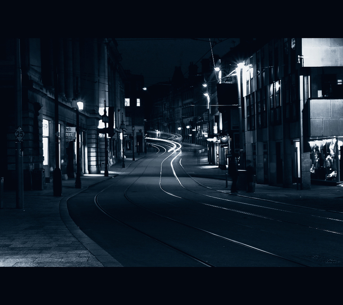 3686296_empty_street_blackwhite (700x622, 252Kb)