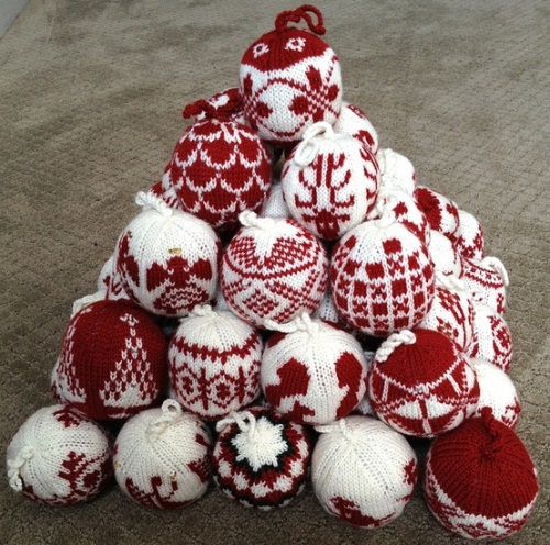 шары, новогодние шары, вязаные