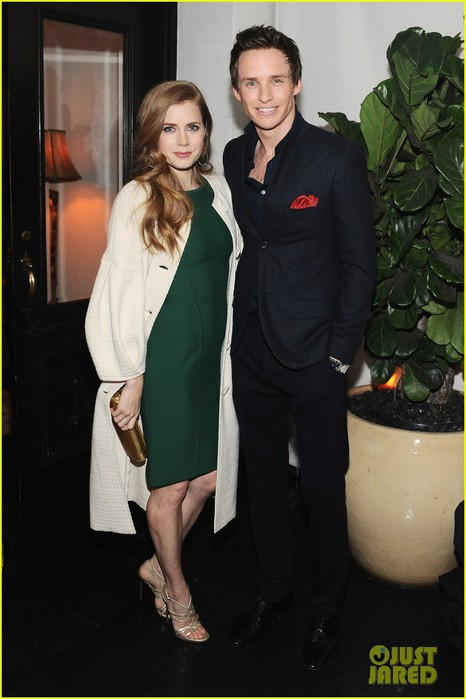 amy-adams-eddie-redmayne-w-magazine-pre-golden-globes-party-03 (466x700, 71Kb)
