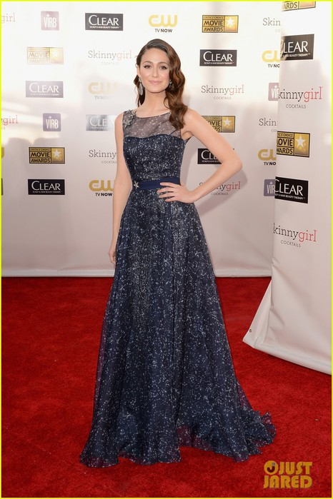 emmy-rossum-critics-choice-awards-2013-red-carpet-01 (466x700, 93Kb)