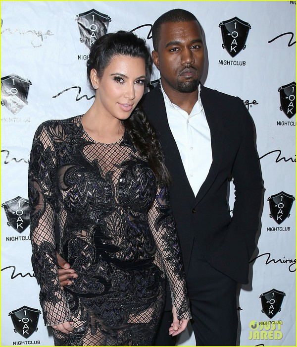 pregnant-kim-kardashian-kanye-west-new-years-eve-red-carpet-06 (600x700, 140Kb)
