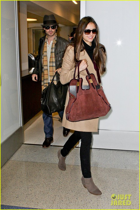 ian-somerhalder-nina-dobrev-lax-lovers-06 (468x700, 94Kb)