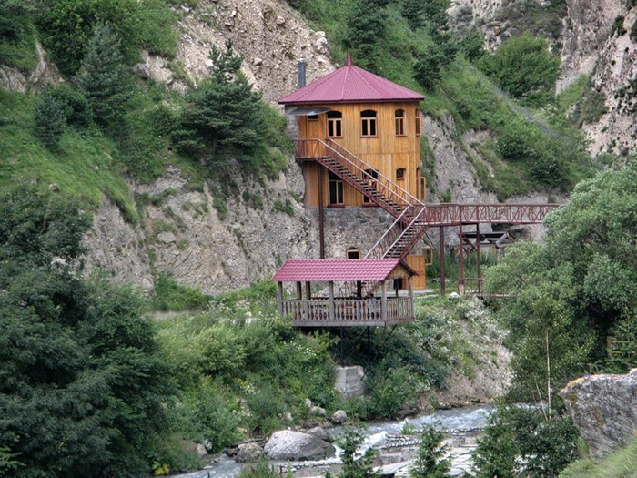 Самые Фото домов в горах кавказа