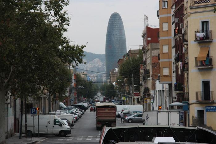 Spain-Barcelona-Torre Agbar-2012-Barcelona-Torre Agbar-2012-Изображение 768 (700x466, 111Kb)