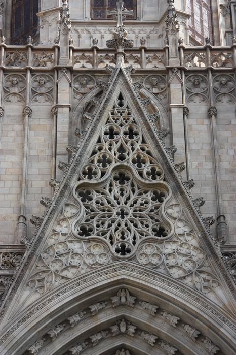 Spain-Barcelona-Catedral de la Santa Cruz y Santa Eulalia -2012-Изображение 117 (466x700, 268Kb)