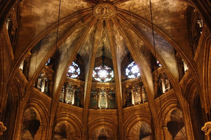 Spain-Barcelona-Catedral de la Santa Cruz y Santa Eulalia -2012-Изображение 987 (700x466, 143Kb)