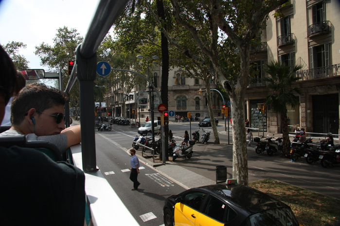 Spain-Barcelona-Avenida Diagonal-2012-Изображение 720 (700x466, 230Kb)