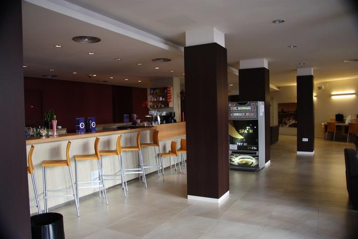 Spain-Costa Brava-Fergus Plaza Paris-Hotel-2012-Изображение 1141 (700x466, 74Kb)