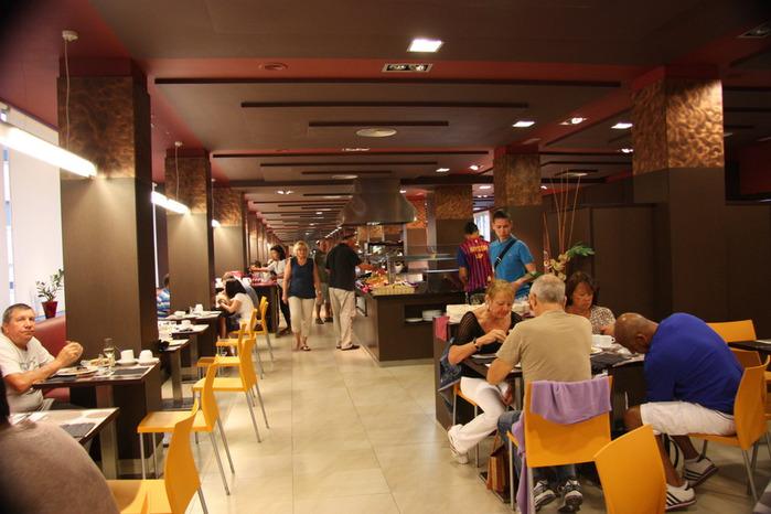 Spain-Costa Brava-Fergus Plaza Paris-Hotel-2012-Изображение 1017 (700x466, 103Kb)