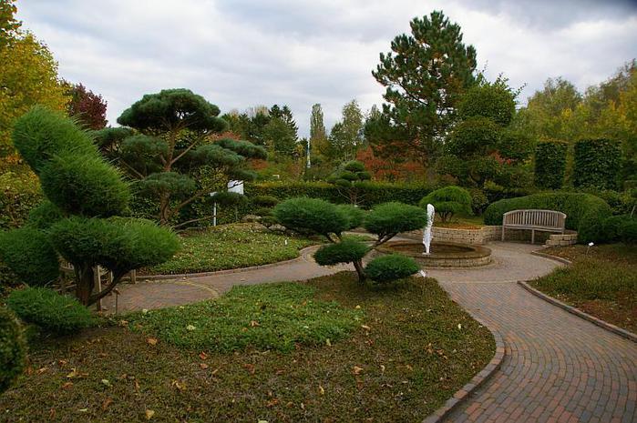 Бад Цвишенан : Park der Garten 79127
