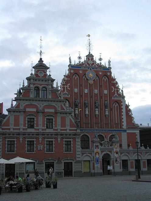 Латвия, Рига, дом черноголовых/4083456_1 (496x661, 115Kb)