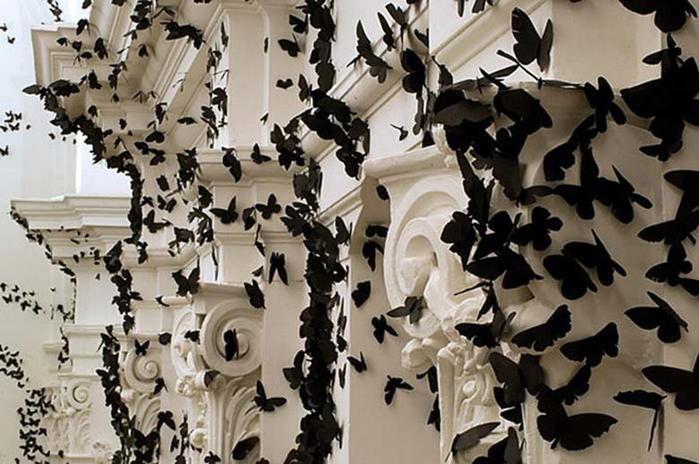 Карлос Аморалес. Инсталляция «Черное Облако»