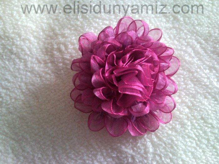 вышивка лентами-мастер классы-цветы (700x525, 74Kb)