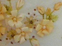 вышивка лентами-мастер классы-цветы(264x198, 16Kb)