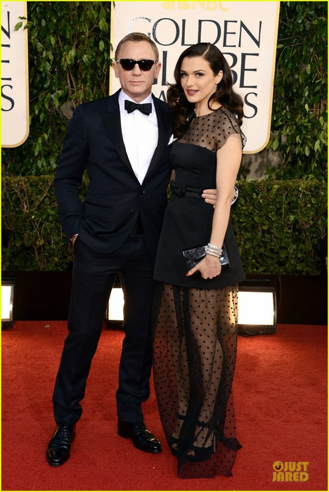 rachel-weisz-daniel-craig-golden-globes-2013-red-carpet-03 (468x700, 100Kb)