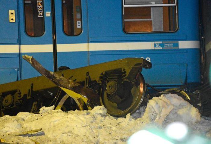 sweden_train_00 (700x478, 55Kb)