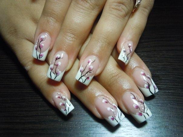 дизайн ногтей ветка сакуры: