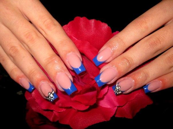 ногти с синим дизайном: