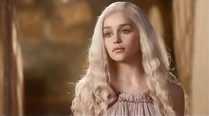 Дейнерис цвет волос