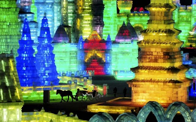 фестиваль ледяных скульптур харбина 6 (640x398, 279Kb)