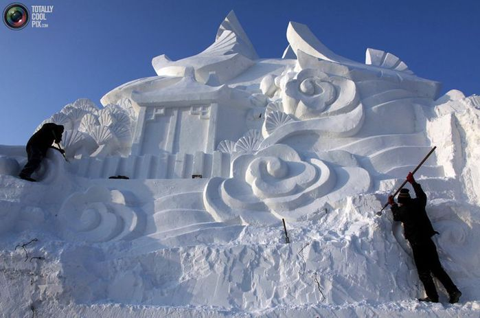 фестиваль ледяных скульптур харбина 15 (700x463, 53Kb)