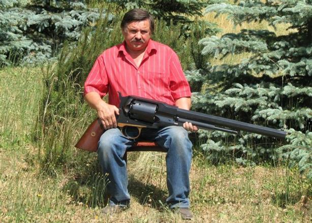 Модель Remington 1859. Самый большой револьвер в мире. Фотографии