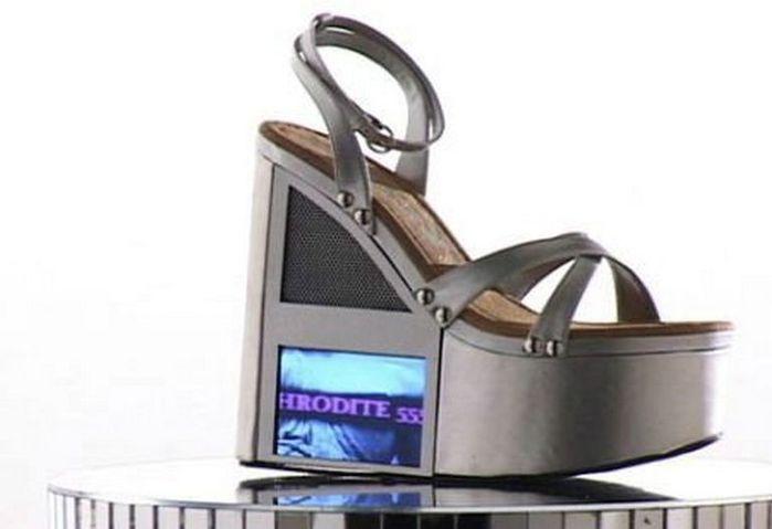 Смешная обувь со всего света 4 (700x479, 28Kb)