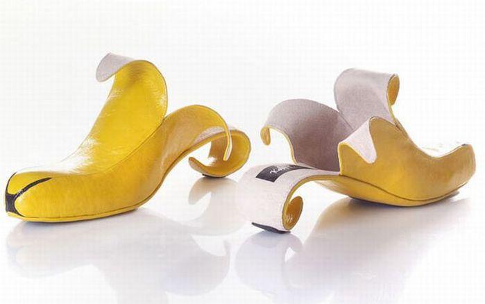 Смешная обувь со всего света 11 (700x438, 26Kb)
