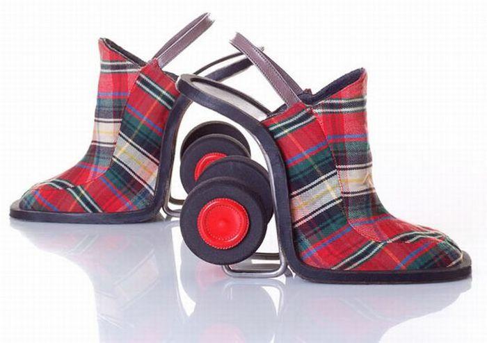 Смешная обувь со всего света 15 (700x494, 45Kb)