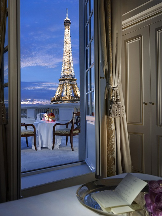 Duplex night Shangri La Hotel Paris (525x700, 113Kb)