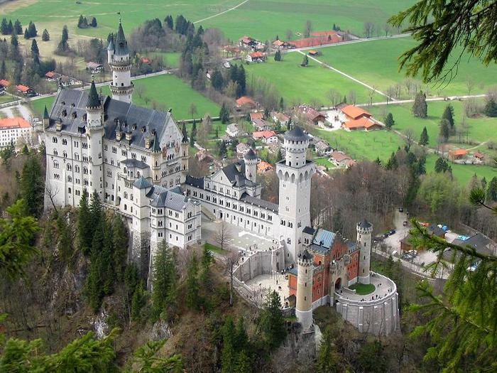 neuschwanstein-castle-5 (700x525, 93Kb)