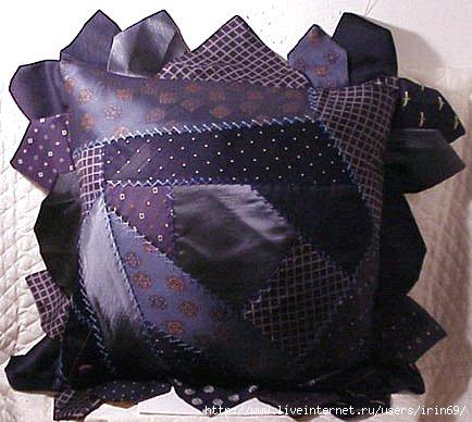 Necktie pillow (434x388, 99Kb)