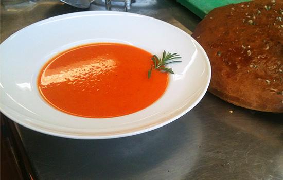 Суп-пюре из каленых сладких перцев/1359054774_sweet_pepper_soup (550x350, 69Kb)