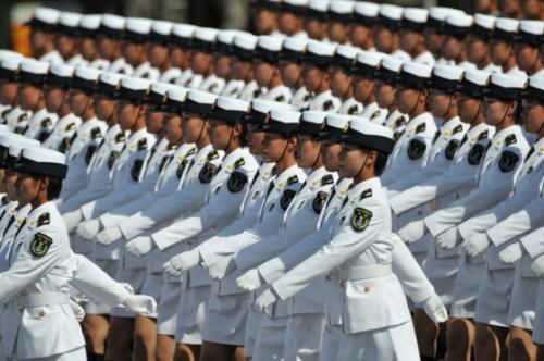 china-female-clone-soldiers (500x332, 49Kb)