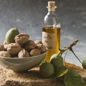 Почему-масло-грецкого-ореха-должно-быть-обязательно-в-каждом-доме-290x290 (290x290, 23Kb)