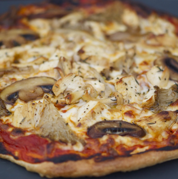 пицца/3407372_Grilled_Lemon_Chicken_and_Mushroom_Flatbread_Pizza (699x700, 298Kb)
