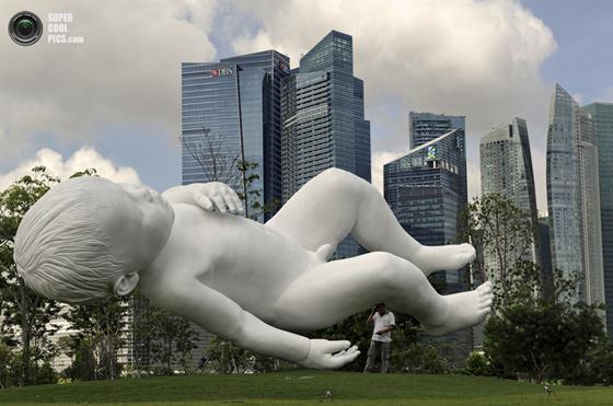Марк Куинн. «Парящая» скульптура